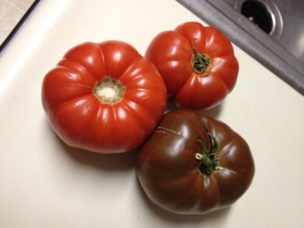 The ugly tomato (Pasta with Heirloom Tomatoes & Ricotta) – finding ...