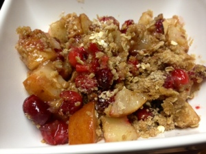 pear cranberry crisp finished