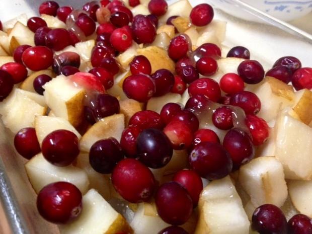 pear cranberry crisp fruit
