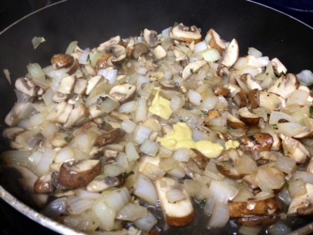 creamy chicken mushroom pasta dijon