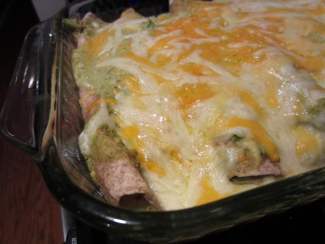 Chicken & Avocado Enchiladas in Creamy Avocado Sauce – finding time ...
