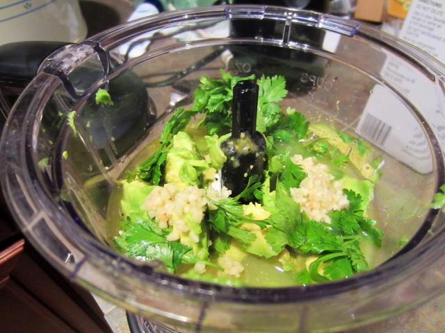 Chicken & Avocado Enchiladas in Creamy Avocado Sauce ...