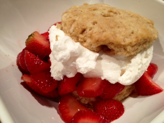 brown sugar oat strawberry shortcake finished3