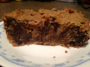 Healthy Deep-Dish Chocolate Chip Cookie Pie