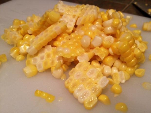 creamy charred corn & leek fettuccine corn kernels2
