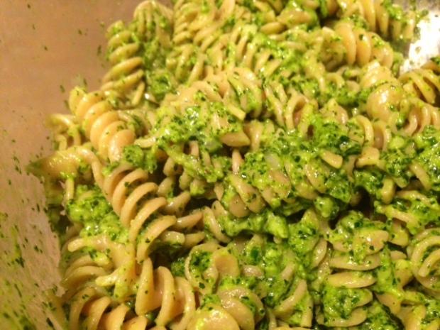 kale & walnut pesto with whole wheat pasta finished