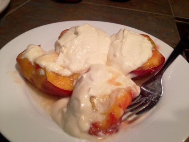 honey roasted peaches messy