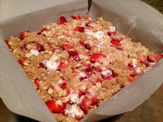 strawberry rhubarb crumb bars assembled
