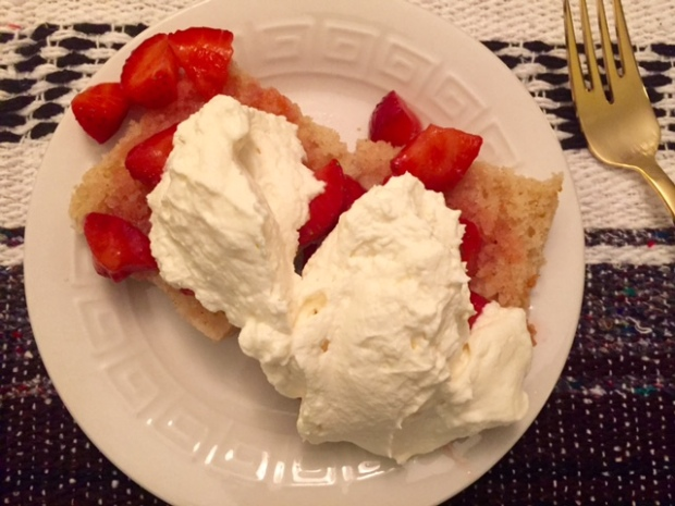 Super Moist Strawberry Shortcake for a Large Group