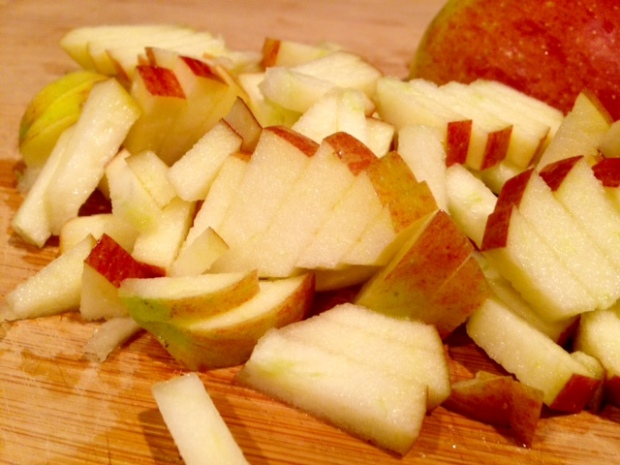 healthy apple cinnamon muffins apples chopped
