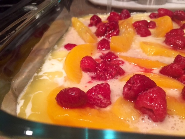 peach raspberry cobbler sugar sprinkled