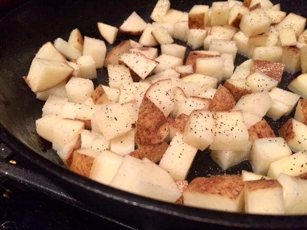 tex-mex-breakfast-casserole-potatoes-cooking